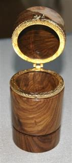 Lidded box by Wally Green